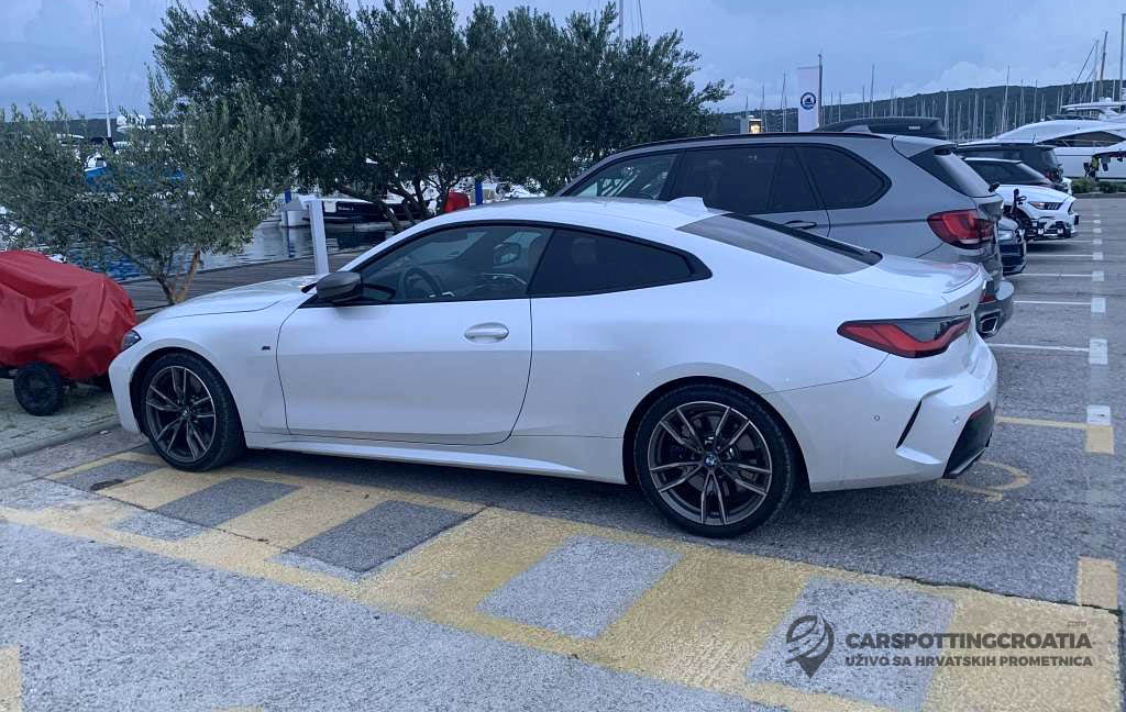 Name:  White-G22-M440i-Coupe-sideview.jpg Views: 27027 Size:  137.9 KB