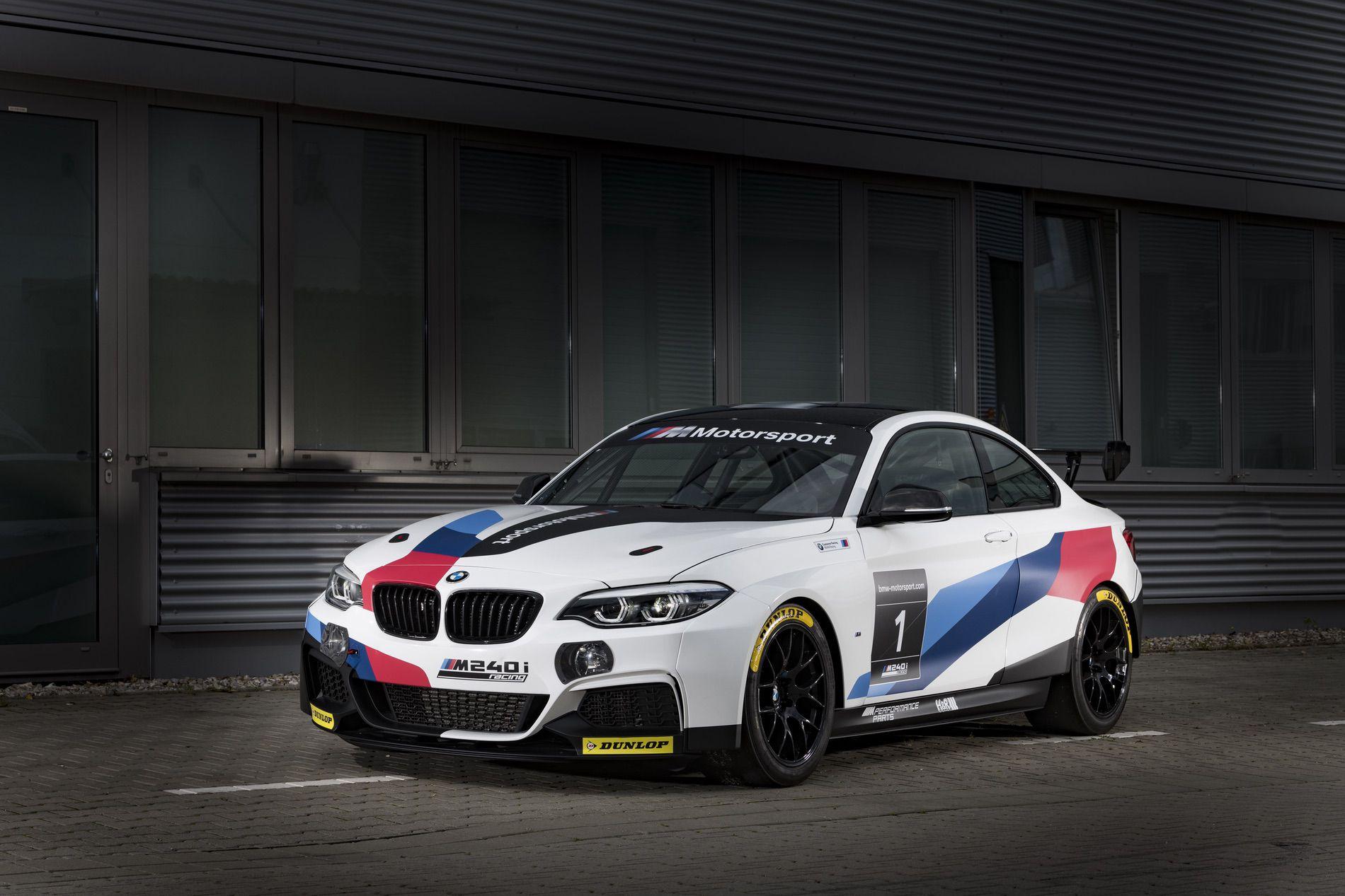 Name:  BMW-M240i-Racing-Car-04.jpg Views: 6650 Size:  236.9 KB