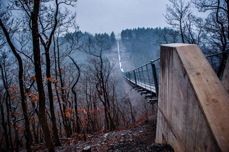 Name:  suspension bridge hängeseilbrücke geierlay  0407-Gemma-Geierlay-Germany's-Longest-Suspension-Bri.jpg Views: 3513 Size:  170.0 KB