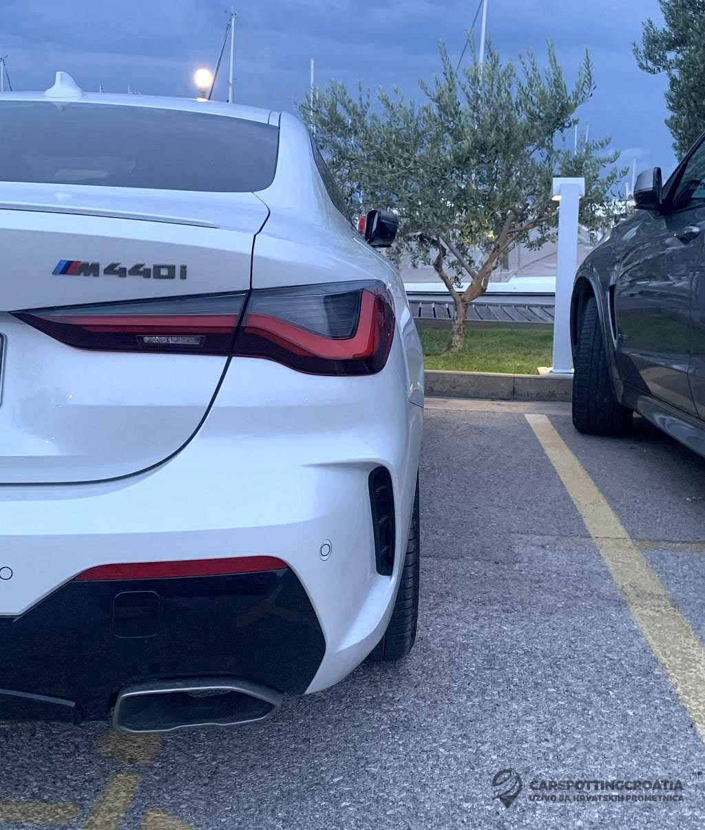 Name:  White-G22-M440i-Coupe-rear-bumper.jpg Views: 24010 Size:  187.0 KB