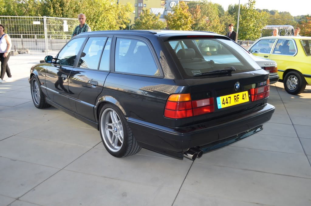 Name:  e34 M5 bonhams auction  DSC_0715.jpg
