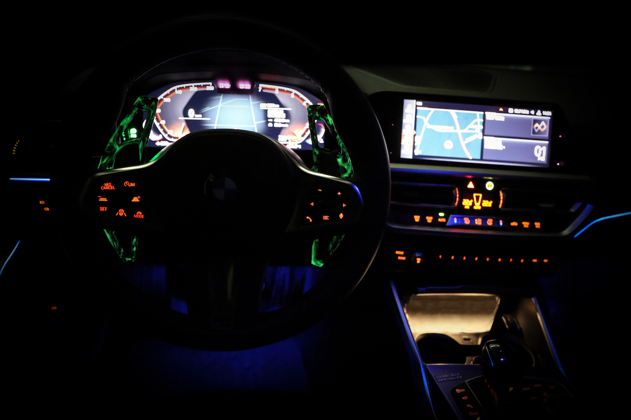 Name:  BMW G20 330 320  Armaspeed forged carbon fiber paddle shifter - luminous edition.jpg Views: 115 Size:  376.1 KB