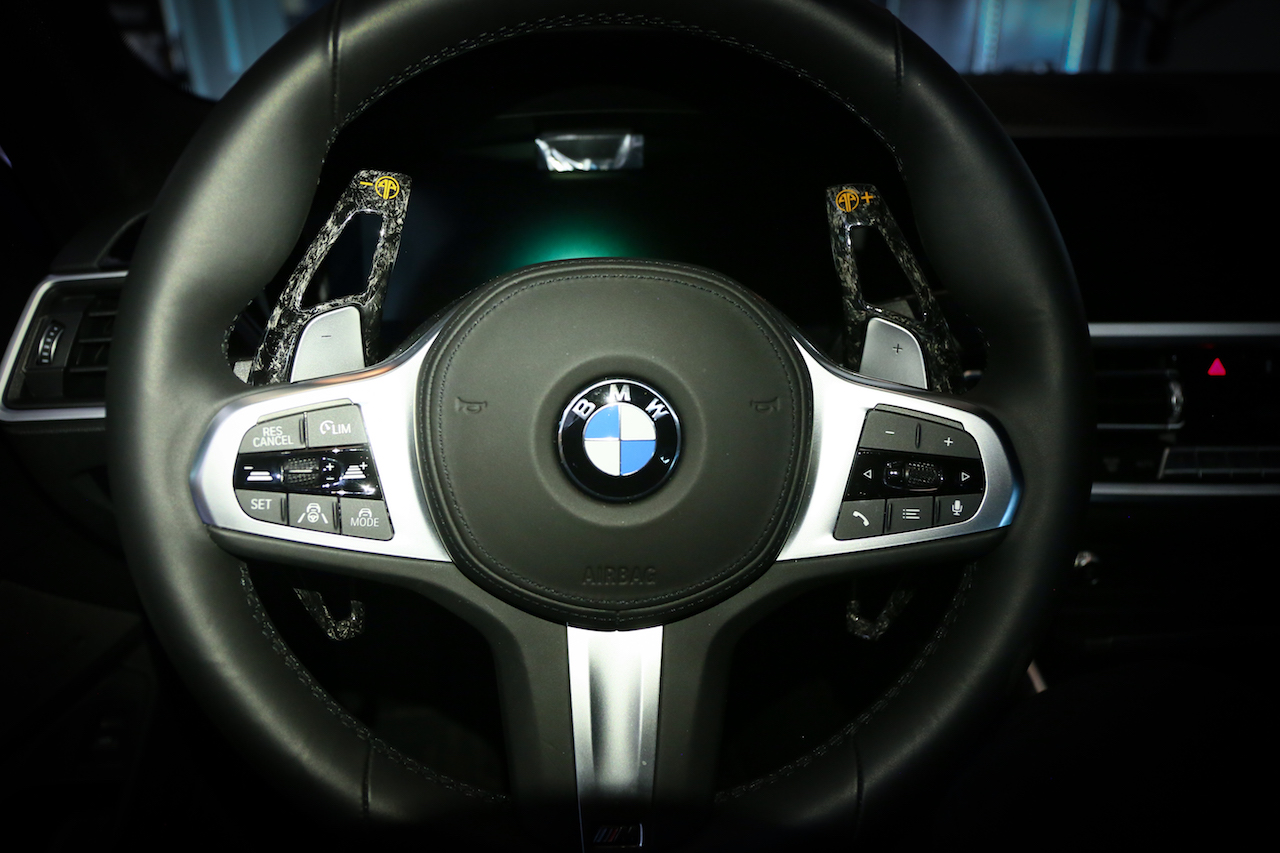 Name:  BMW G20 320 330  Armaspeed forged carbon fiber paddle shifters.jpg