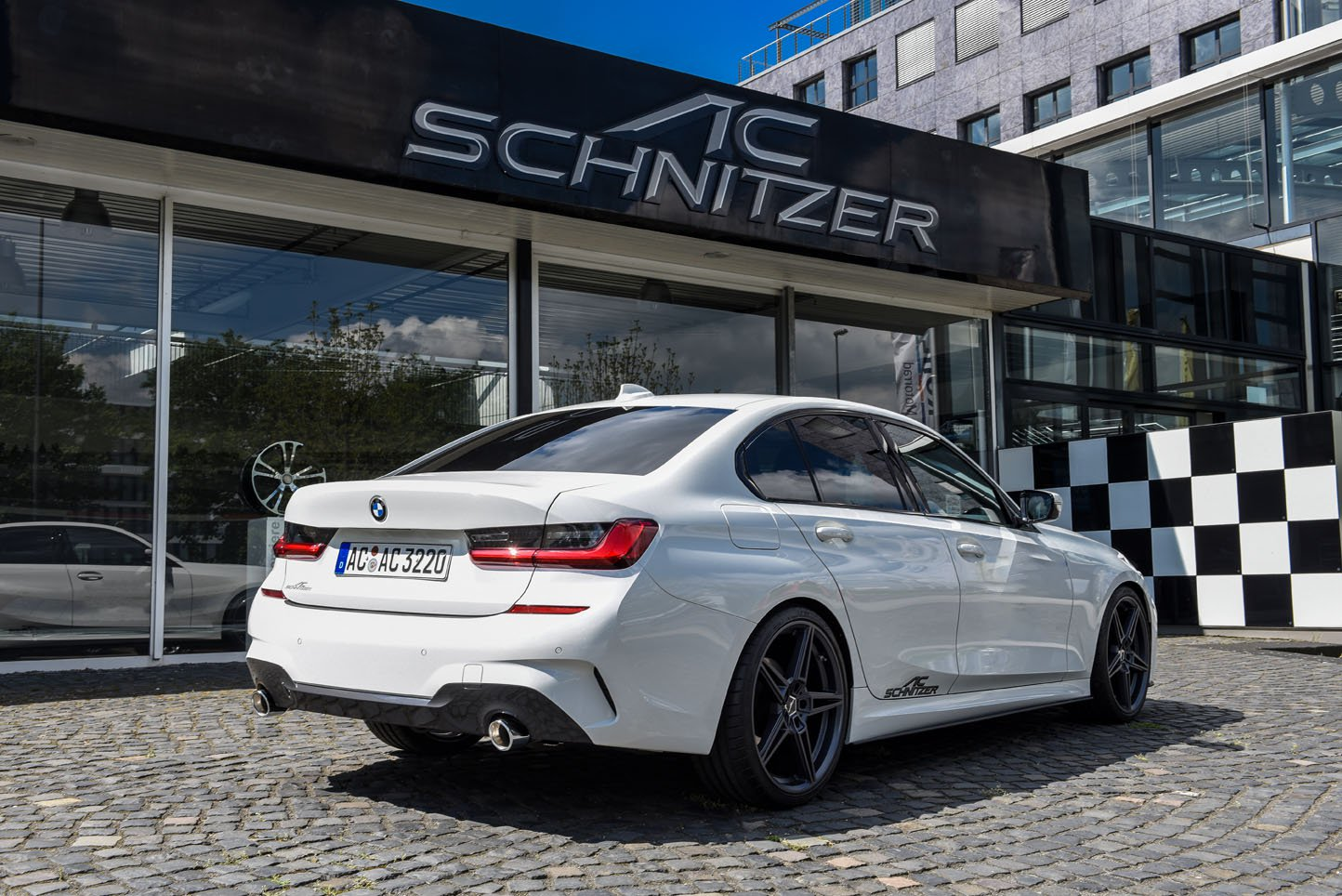 Name:  04f0d0ac-ac-schnitzer-tuning-parts-for-the-bmw-3-series-g20-15.jpg Views: 8459 Size:  265.0 KB