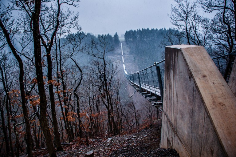 Name:  suspension bridge hängeseilbrücke geierlay  0407-Gemma-Geierlay-Germany's-Longest-Suspension-Bri.jpg Views: 3554 Size:  170.0 KB