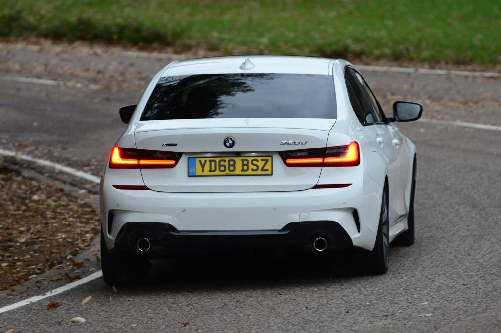 Name:  White-M-Sport-G20-BMW-3-Series-10.jpg