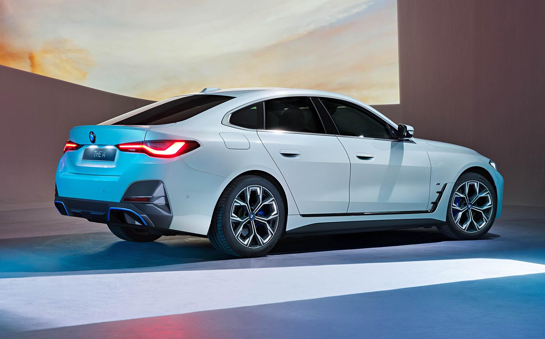 Name:  2021 BMW i4 M Sport Package Side.jpg Views: 17987 Size:  466.4 KB