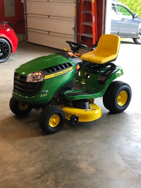 Name:  John Deere E120 Lawn Tractor Pic 2.jpg Views: 44 Size:  93.9 KB