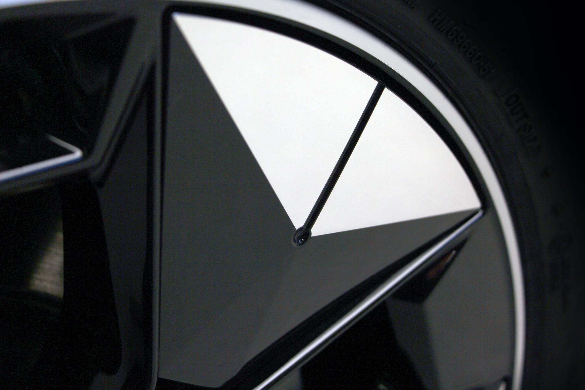 Name:  BMW iX3 i4 Aerodynamic Wheels.jpg Views: 4508 Size:  2.02 MB