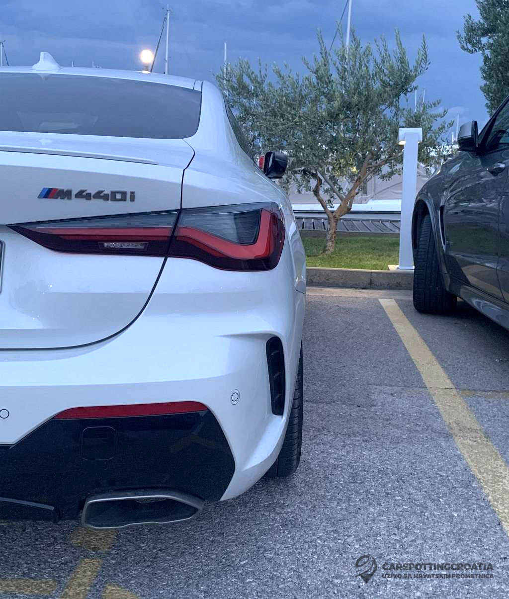 Name:  White-G22-M440i-Coupe-rear-bumper.jpg