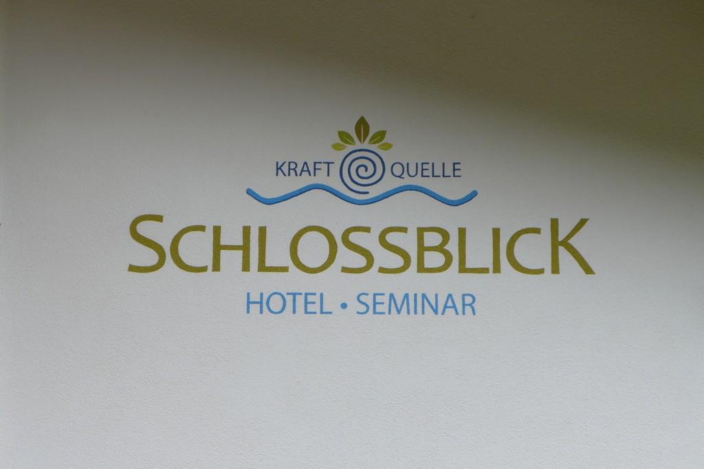 Name:  schloss Blick Hotel Kufstein   P1000990.jpg Views: 3031 Size:  144.2 KB