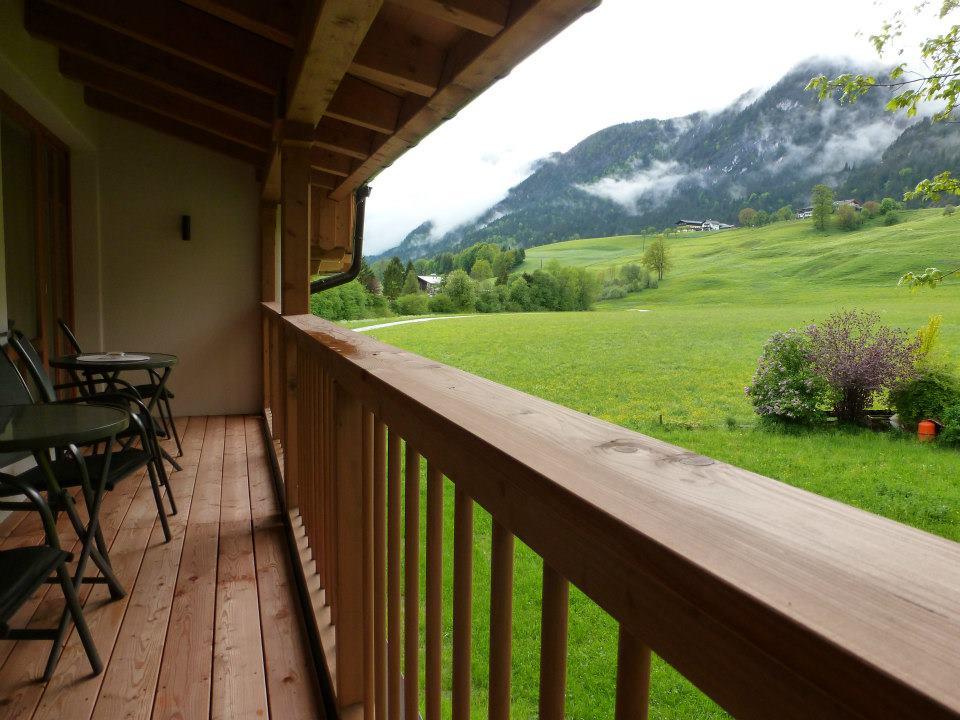 Name:  SchlossBlick Hotel near Kufstein, Austria599462_10151643354386171_1357125858_n.jpg Views: 3029 Size:  101.0 KB