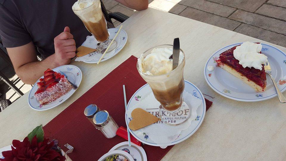 Name:  Winklstüberl Cafe   11220081_10153484950263567_1219844606769862688_n.jpg Views: 2802 Size:  98.5 KB