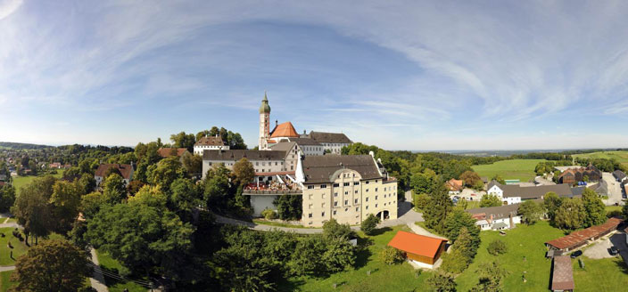 Name:  Kloster Andrechs mdb_109617_kloster_andechs_panorama_704x328.jpg Views: 3148 Size:  59.1 KB