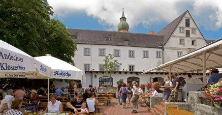 Name:  Kloster Andrechs  10_by_andechs_kloster_biergarten_roland_rossner_3_452x.jpg Views: 2423 Size:  33.9 KB