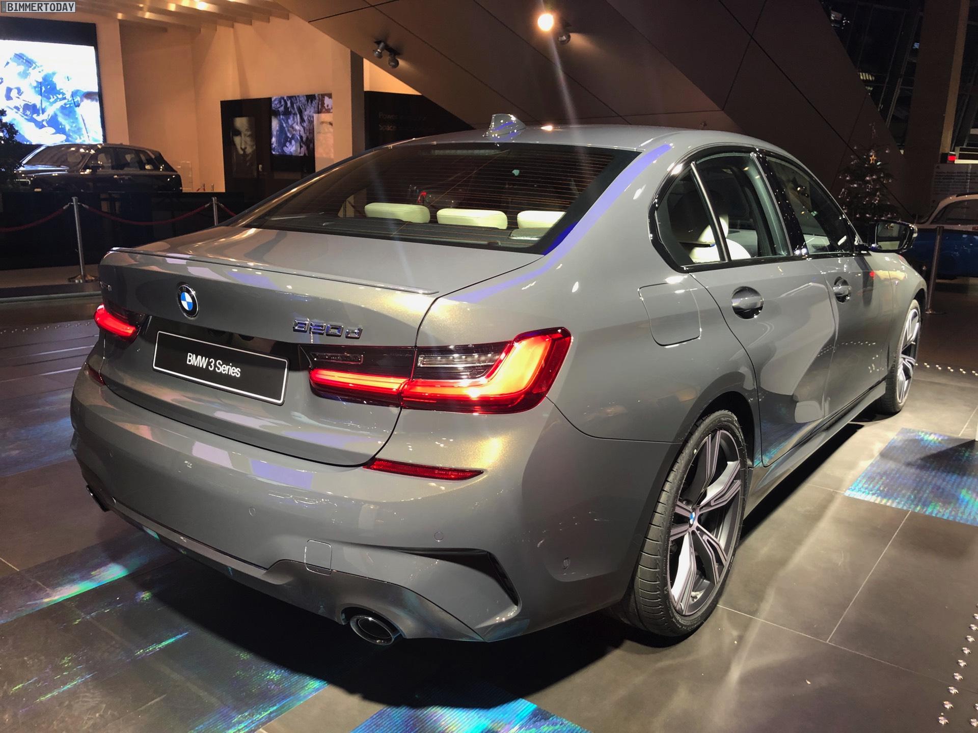 Name:  2019-BMW-3er-G20-M-Sport-Shadow-Line-erweiterter-Umfang-Dravitgrau-10.jpg Views: 42390 Size:  473.1 KB