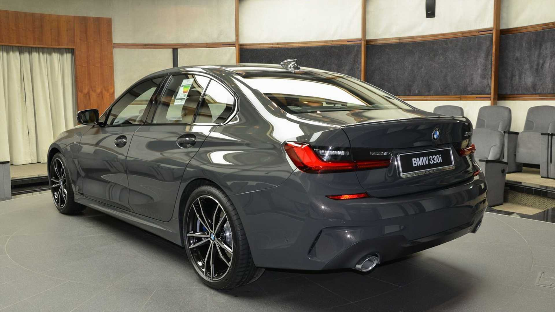 Name:  2019-BMW-330i-G20-Dravit-Gray-5.jpg Views: 37714 Size:  134.7 KB