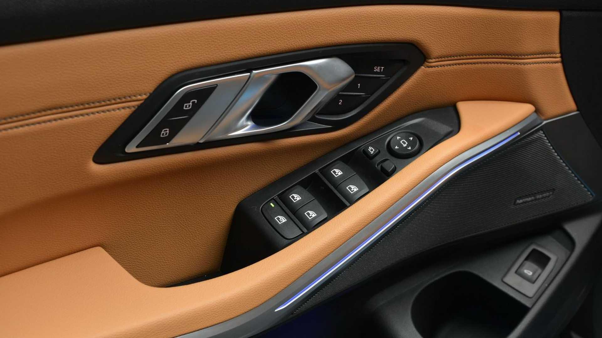 Name:  2019-BMW-330i-G20-Dravit-Gray-13.jpg Views: 24275 Size:  121.8 KB